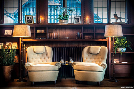Carl Malmstens Jättepaddan armchairs at YearegYearden Hotel.